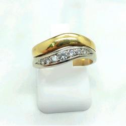 Bague bicolore et diamants