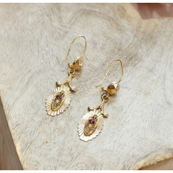 Boucles d'oreille en Or jaune avec Pierres Rouges