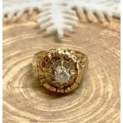 Bague Ancienne en or jaune avec Diamant de 0.35ct