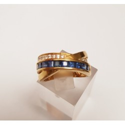 Bague en Or jaune diamants et pierres bleues