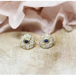 Boucles d'oreille fleurs en Or jaune avec Saphir et diamants