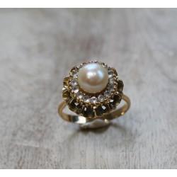 Bague ancienne en or avec perle et Oxydes