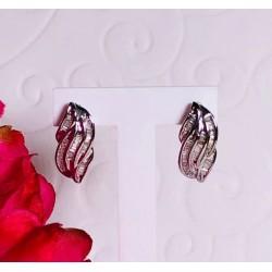 Boucles d'oreille en or blanc avec 1 carat de diamants