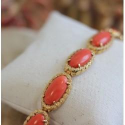 Bracelet ancien en or jaune avec Corail