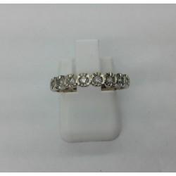 Alliance en or blanc tour complet diamants