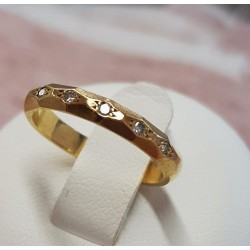 Bague en or jaune et diamants