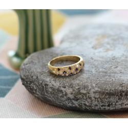 Bague Or jaune pavage diamants et saphirs