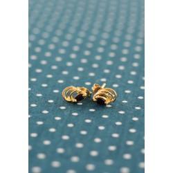 Boucles d'oreille en or jaune avec saphir