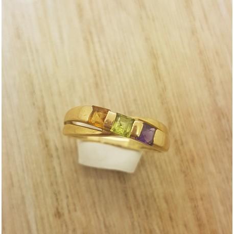 Bague en or jaune et pierres semi précieuses