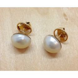 Boucles d'oreille perles blanches