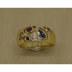 Bague en or jaune Avec Pierres Précieuses et Diamants