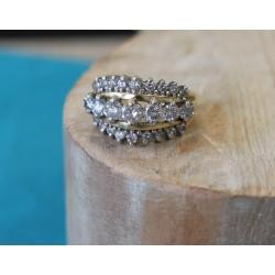Bague en or et Pavage de diamants