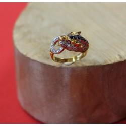 Bague Panthère en or jaune avec Diamants Saphirs et Rubis