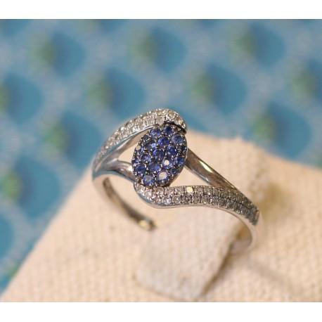 Bague en Or blanc avec Diamants blanc et bleus