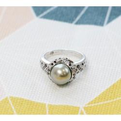 Bague Mauboussin Perle de Caviar en Or blanc