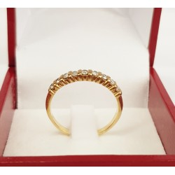 Bague en Or jaune avec 9 Diamants