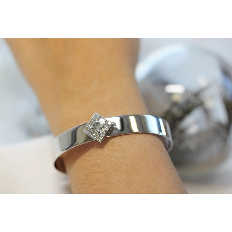 bracelet jonc en or blanc avec diamants princesse. Black Bedroom Furniture Sets. Home Design Ideas