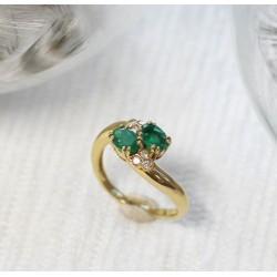 Bague en Or jaune avec Emeraude et diamants