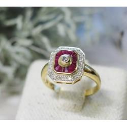 Bague en Or jaune avec Diamants et Rubis