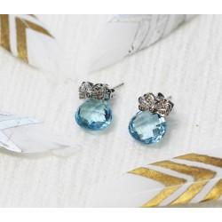 Boucles d'oreille en Or blanc avec Topaze et éclats de diamants