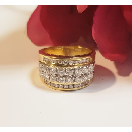 Bague en Or jaune avec diamants