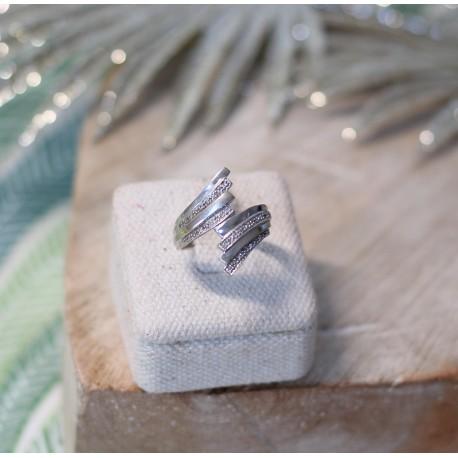 Bague or Blanc et Eclats de diamants