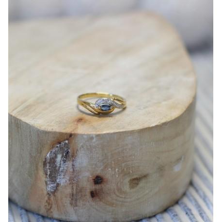 Bague or jaune et Saphir et diamants