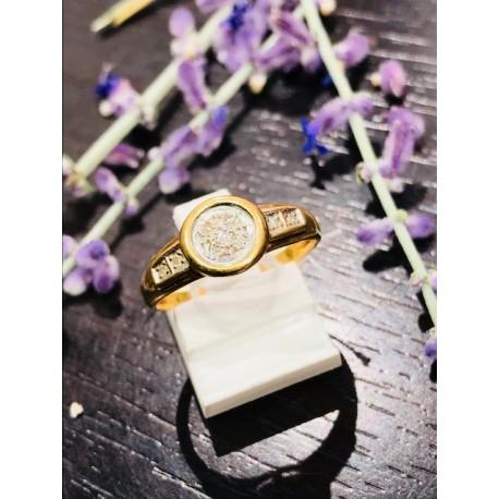 Bague or jaune et éclats de Diamants