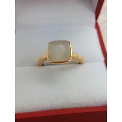 Bague or jaune pierre blanche