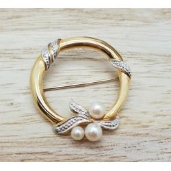 Broche or et perles