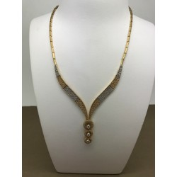 Collier or jaune et oxydes