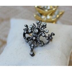 Broche en or Noir avec Diamants