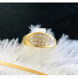 Bague en or jaune et pavage diamants