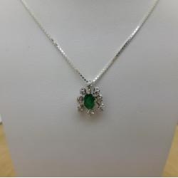 Pendentif Fleur Émeraude et Diamants