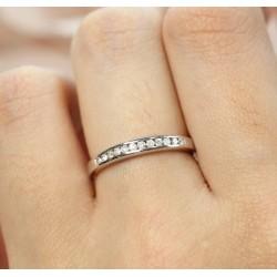 Alliance en Or blanc avec Diamants
